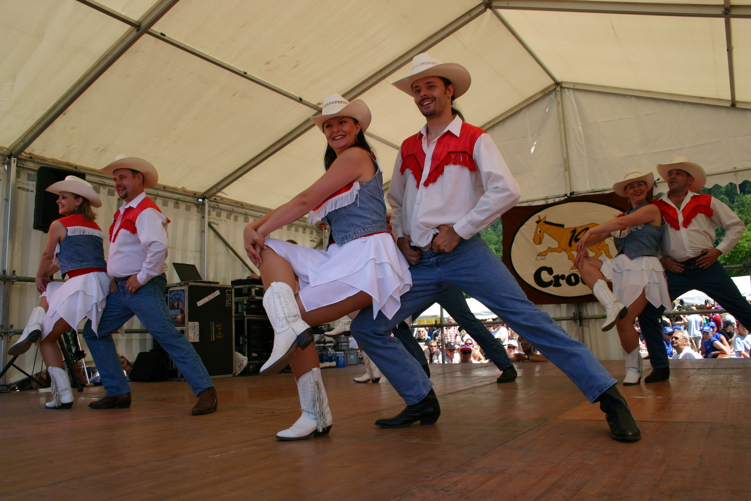 a history of country line dancing in england Line dancing for beginners dvd - learn with lynne ellaleah12 country line dancing - duration: history help about.